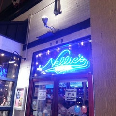 Photo taken at Nellie's Sports Bar by JR R. on 7/3/2013