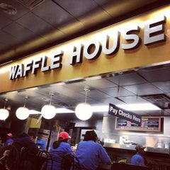 Photo taken at Waffle House by Drew H. on 3/15/2013