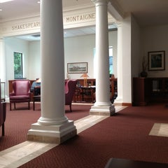 Photo taken at Coronado Public Library by Coronado I. on 9/3/2013
