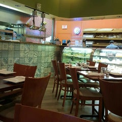 Photo taken at Islas Canarias Bakery by Ricardo V. on 11/5/2015