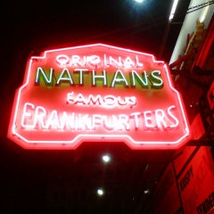 Photo taken at Nathan's Famous by Enrique F. on 6/21/2013