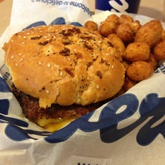 Photo taken at Culver's by Juna D. on 6/6/2013