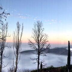 Photo taken at Boscareto Resort & Spa Serralunga d'Alba by Carlo V. on 12/9/2015