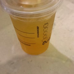 Photo taken at Starbucks by D'Angelo B. on 6/30/2013