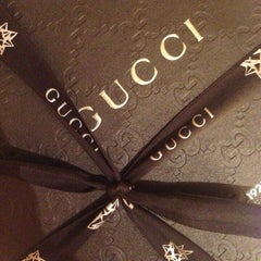 Photo taken at Gucci by ✈️✈️mmuratc✈️✈️ on 5/20/2014