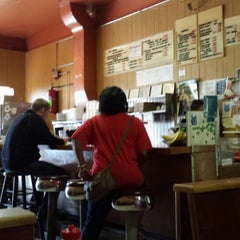 Photo taken at Murry & Paul's Restaurant by Volkan E. on 5/3/2014