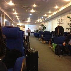 Photo taken at Пулково 2 Lounge by Vova E. on 10/17/2012