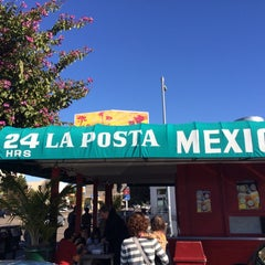 Photo taken at La Posta de Acapulco's by Chris  L. on 12/29/2013