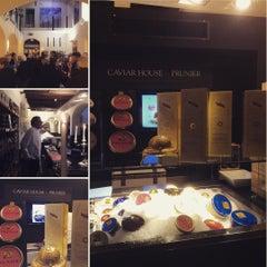 Photo taken at Hotel Gabbani by MovirlavidA S. on 11/23/2015