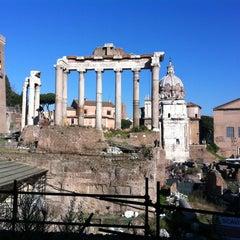 Photo taken at Foro Romano by Alfredo Scari C. on 12/31/2012