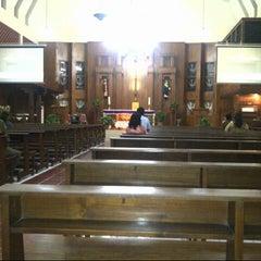 Photo taken at Gereja St Robertus Bellarminus Cililitan by Cicilia Tri W. on 2/18/2015