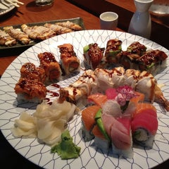 Photo taken at Nozawa Sushi by Alicia K. on 8/20/2013