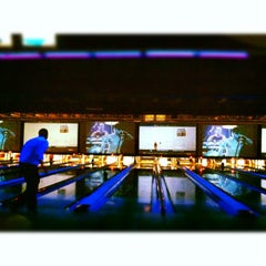 Photo taken at 10Pin Bowling Lounge by Sandra C. on 11/30/2012