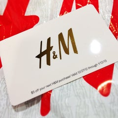 Photo taken at H&M by Johnny L. on 12/23/2012