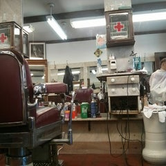 Photo taken at Park Slope Barbers by Fred L. on 7/5/2014