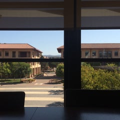 Photo taken at Bass Center & GSB Library by Syra C. on 7/30/2015