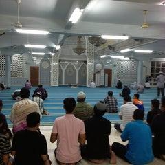 Photo taken at Masjid India by Mahomet אל בראדעי ا. on 5/25/2013