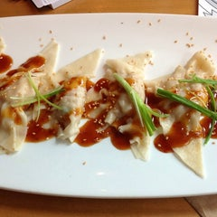 Photo taken at California Pizza Kitchen by Oliver R. on 6/6/2013