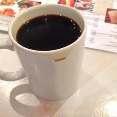 Photo taken at Bonda Cafe by Ila on 12/9/2014