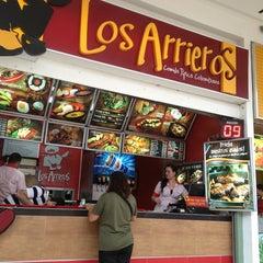 Photo taken at LOS ARRIEROS (Comida Típica Colombiana) by Alvaro D. on 6/8/2013
