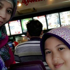 Photo taken at KFC by Winda A. on 10/20/2014