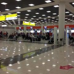 Photo taken at Терминал E / Terminal E by Daria K. on 4/19/2013