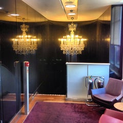 Photo taken at Eurostar Business Premier Lounge by Laurent D. on 7/28/2013