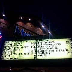 Photo taken at MetroLux 14 Theatres by Raphael P. on 9/24/2012