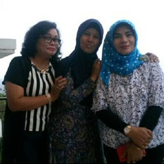 Photo taken at Bukit Randu Hotel & Restaurant by Reni P. on 11/7/2015
