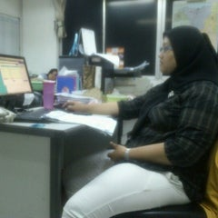 Photo taken at PT Tunas Ridean Tbk, Head Office by Johan M. on 10/22/2012