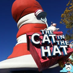 Photo taken at The Cat in the Hat by Felix A. on 3/5/2013
