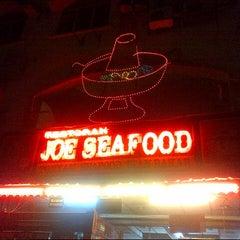 Photo taken at Joe Seafood by arnold j. on 4/6/2014