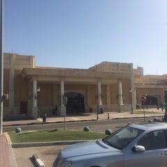 Photo taken at الاشاره المقابله لسوق السمك by Misho on 2/20/2014