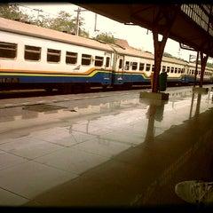Photo taken at Stasiun Pasar Senen by Merieska R. on 9/14/2012