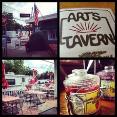 Photo taken at Art's Tavern by Amy F. on 7/26/2013