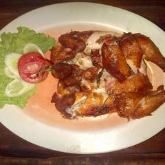 Photo taken at Kampoeng Makan Joglo 21 by seafood B. on 7/2/2014