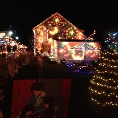 Photo taken at Koziar's Christmas Village by Heyjin K. on 12/22/2012