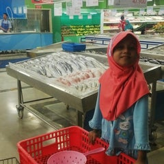 Photo taken at LotteMart Wholesale by Ahmad S. on 10/2/2015