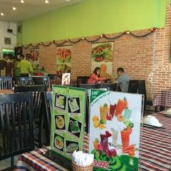 Photo taken at Ếch Xanh Restaurant by Hành T. on 12/13/2015