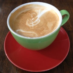 Photo taken at Inman Perk Coffee by Carl B. on 9/28/2012