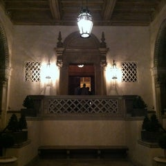 Photo taken at Athenaeum - Caltech by Charlie H. on 11/22/2012