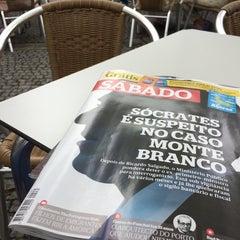 Photo taken at Café Central by Luis V. on 8/2/2014
