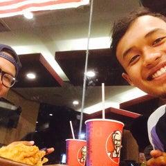 Photo taken at KFC by Amirul A. on 8/21/2015