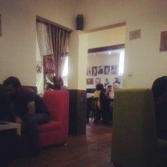 Photo taken at Vesal Café   کافه وصال by Mahshid M. on 6/28/2014