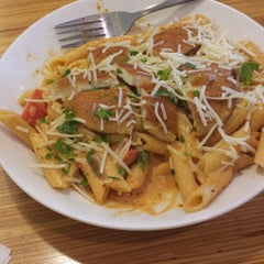 Photo taken at Noodles & Company by Ashley O. on 7/2/2014
