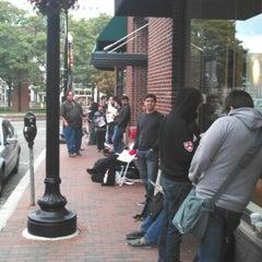 Photo taken at Verizon by Gallo ,. on 9/21/2012