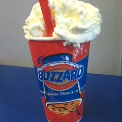 Photo taken at Dairy Queen by Riel C. on 7/6/2014