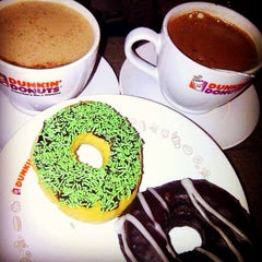 Photo taken at Dunkin' Donuts by Rizky on 4/5/2015