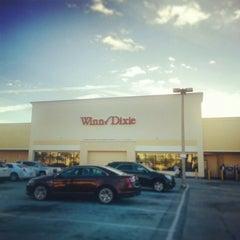 Photo taken at Winn-Dixie by Robbie W. on 11/12/2014