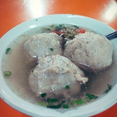 Photo taken at Bakso Kumis by Eka a. on 3/14/2014